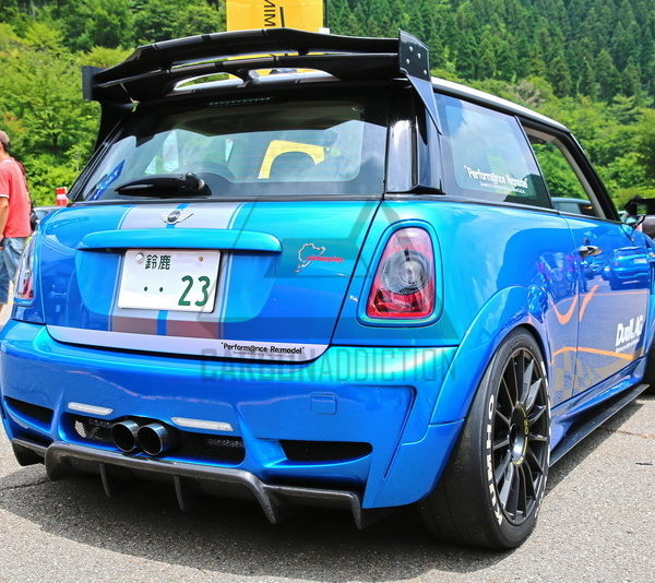 mini cooper r56 duell ag style rear bumper carbon addiction. Black Bedroom Furniture Sets. Home Design Ideas